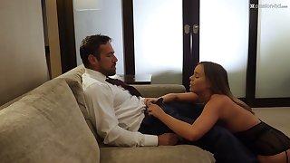Sexy kept woman Alexis Adams gives a good blowjob and rides a big cock