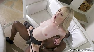 Intense hard sex on a BBC for the slim wife