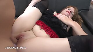 La France A Poil - Pretty Big Beautiful Woman Gets Hard