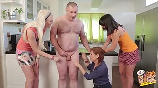 Chubby dude with a small cock gets touched by Lexi Lou and 2 more babes