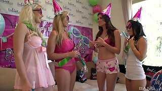 Party babes are keen to share moments of exclusive oral porn