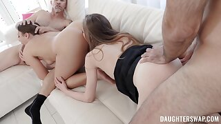 Mind-blowing foursome grants both women the ultimate orgasms