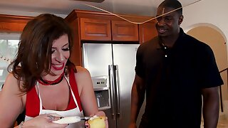 Big unearth for hot adult housewife in her 50s