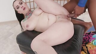 Oiled Up IR Sex With Chunky Nicky Ink