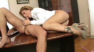 Big bottomed wild secretary Brooklyn Lee rides her boss on the table