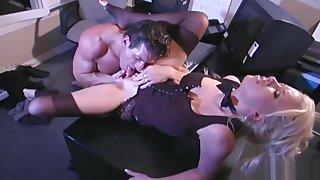 Astonishing office lady, Kelly Erikson fucks her boss at work